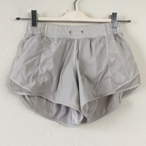 "Lululemon White ""Hotty Hot"" 4"" Shorts (Long) 4"